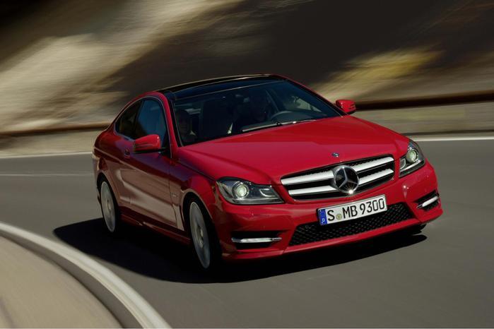 Mercedes-benz-C-class-4dr-Saloon-C250-Cdi-Blueefficiency-Sport-3 (700x466, 33Kb)