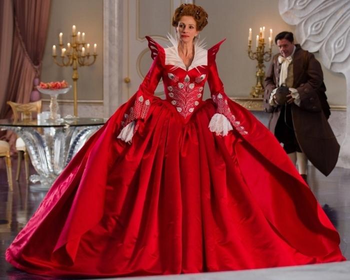 Фото костюма платья королевы