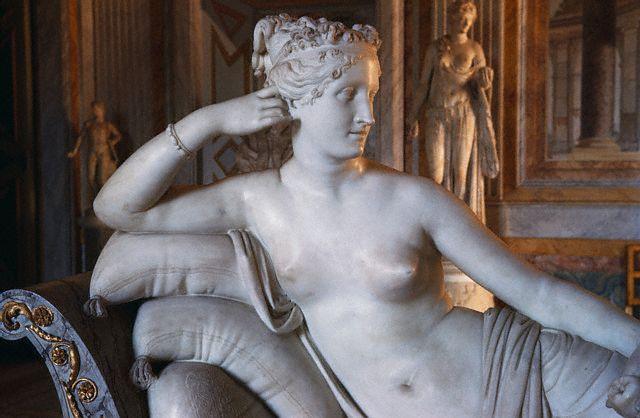 Paolina Borghese as Venus (640x418, 47Kb)