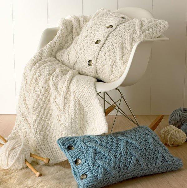 1327972300_decorative-pillows-04 (600x601, 74Kb)