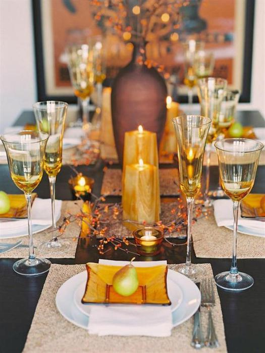 How to set dining room table