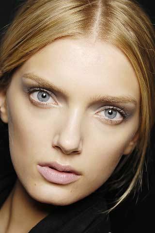 white-eyeliner (320x480, 20Kb)