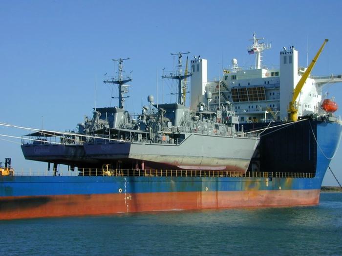 большой карабль фото 2 (700x525, 243Kb)