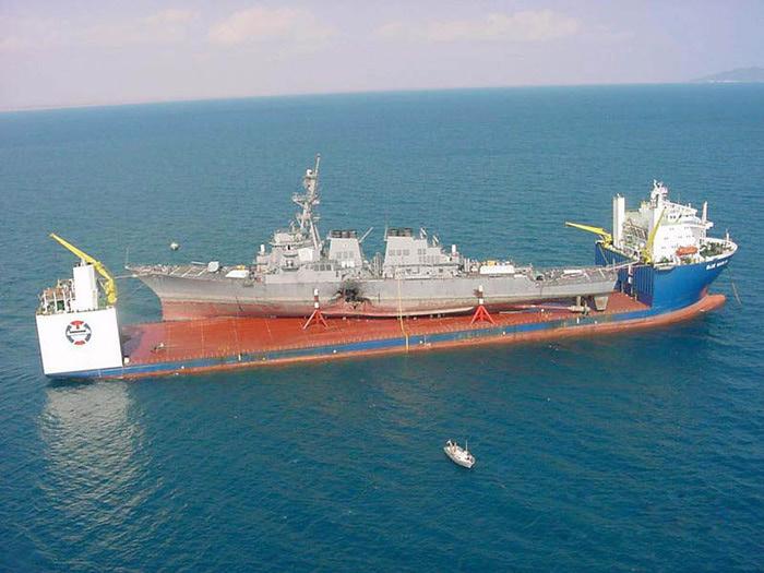 большой карабль фото 4 (700x525, 119Kb)