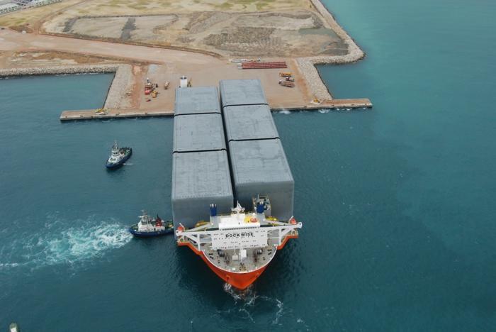 большой карабль фото 10 (700x468, 219Kb)