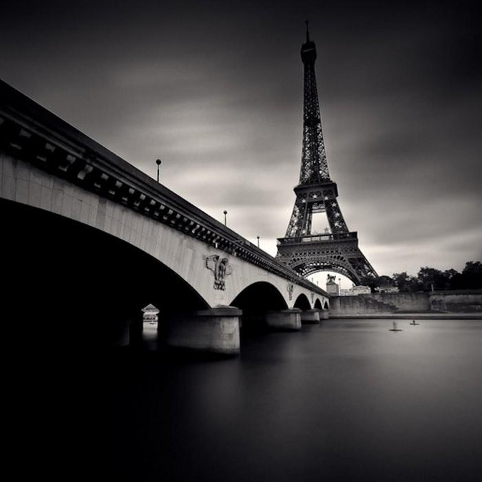 Черно-белые фото парижа Damien Vassart 21 (700x700, 57Kb)