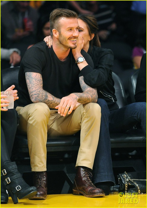 david-victoria-beckham-lakers-lovers-03 (495x700, 88Kb)