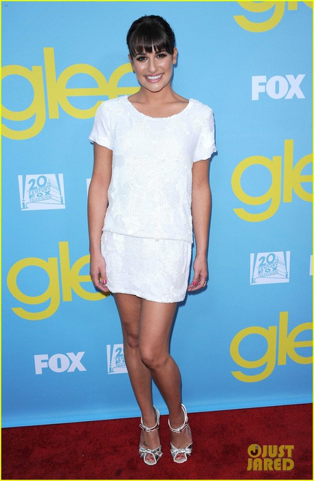 lea-michele-cory-monteith-glee-academy-event-01 (457x700, 77Kb)