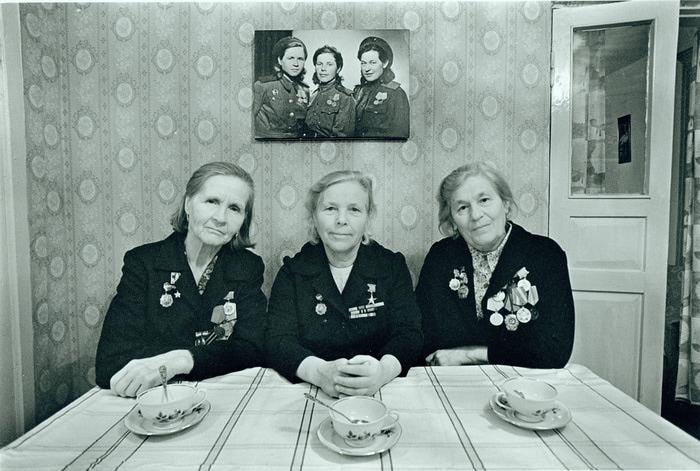 10. Боевые подруги (1945-1982) (700x471, 121Kb)