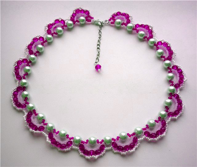 ожерелье из бисера/1336225939_7 (640x542, 103Kb)