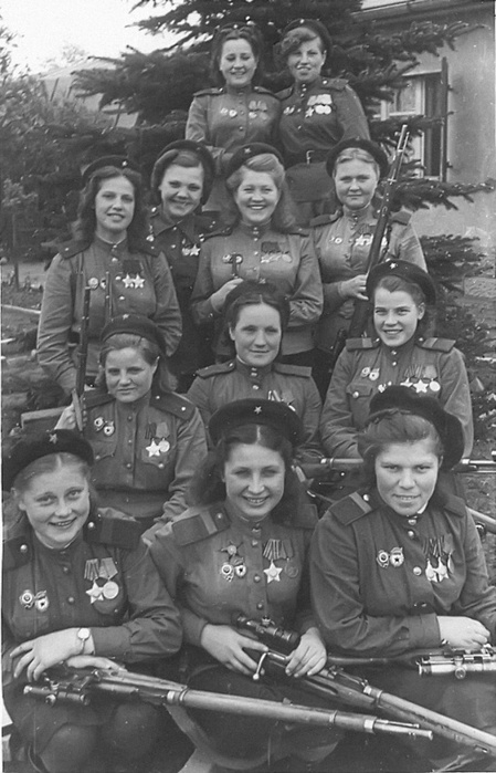 snipers_3_army_1945.366n3jabmliccwwgw0wocosc0.ejcuplo1l0oo0sk8c40s8osc4.th (449x700, 123Kb)