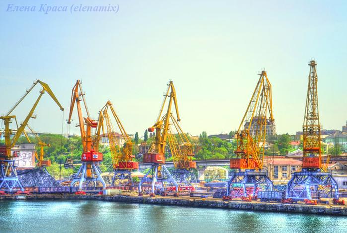 портовые краны/4348076_portoviekrani (700x470, 145Kb)