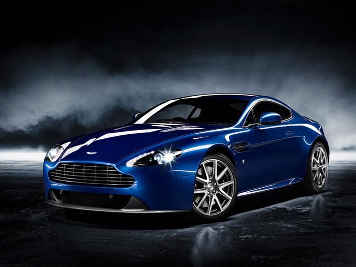 Самые красивые машины 2011 года по версии журнала Forbes Aston Martin Virage Volante 2 (700x525, 69Kb)