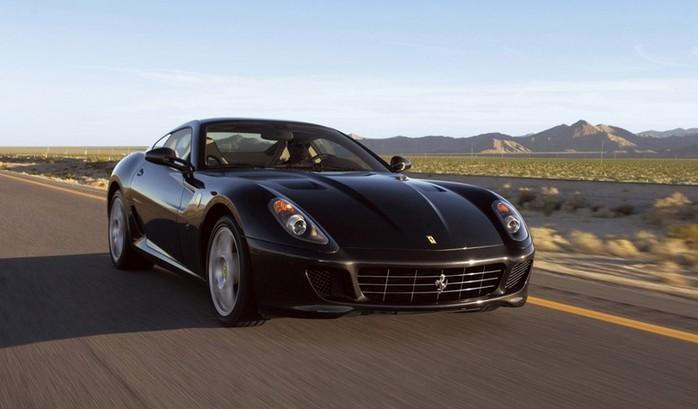 Самые красивые машины 2011 года по версии журнала Forbes Ferrari 599 GTO 1 (700x409, 54Kb)