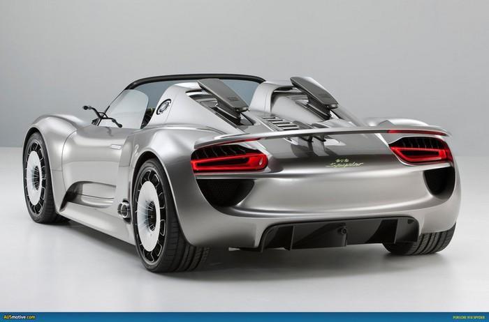 Самые красивые машины 2011 года по версии журнала Forbes Porsche 918 Spyder Hybrid 2 (700x462, 53Kb)