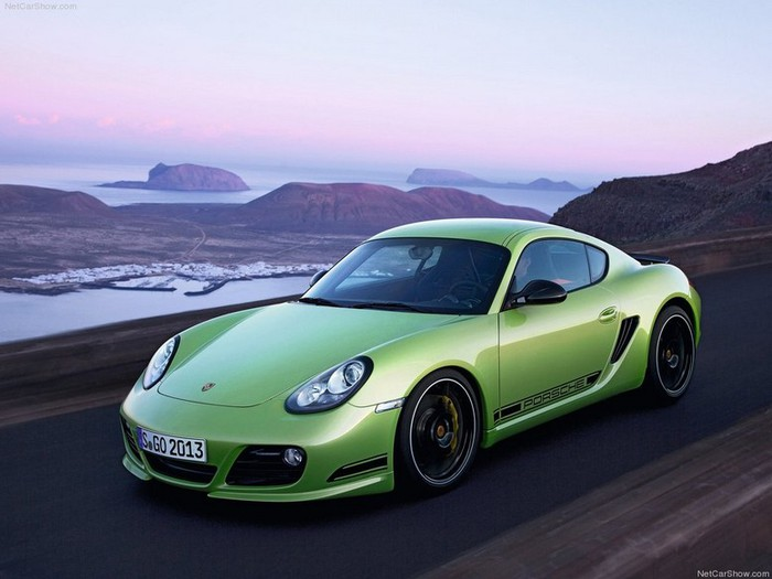Самые красивые машины 2011 года по версии журнала Forbes Porsche Cayman R 1 (700x525, 68Kb)