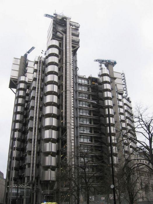 Необычные здания со всех уголков света 12 (525x700, 265Kb)