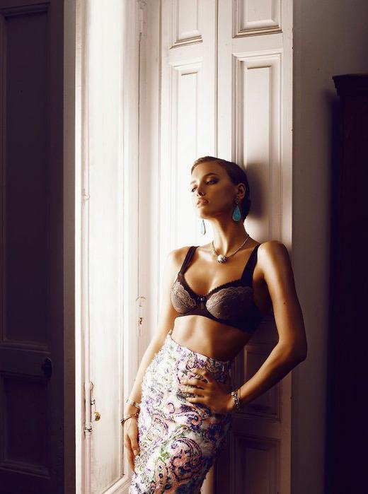 модная фотосессия Irina Shayk 1 (520x700, 91Kb)