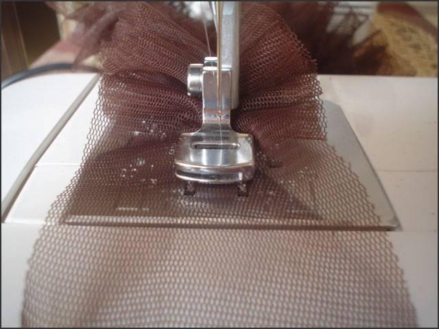 Как сделать сборку ткани на швейной машине