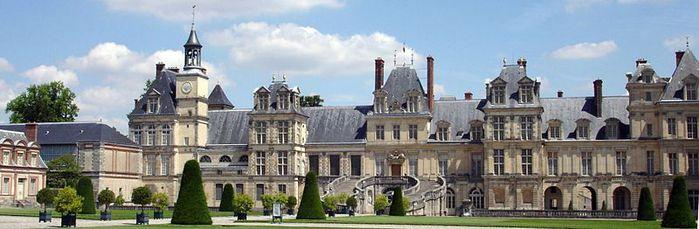 800px-Chateau_Fontainebleau (700x229, 41Kb)