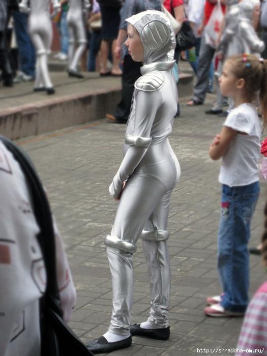 танцевальный костюм робот (525x700, 191Kb)