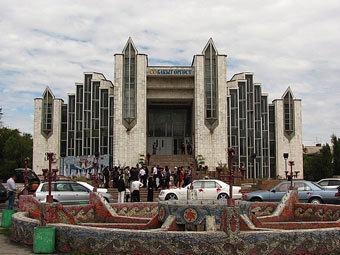 Киргизия - украденные невесты (340x255, 30Kb)