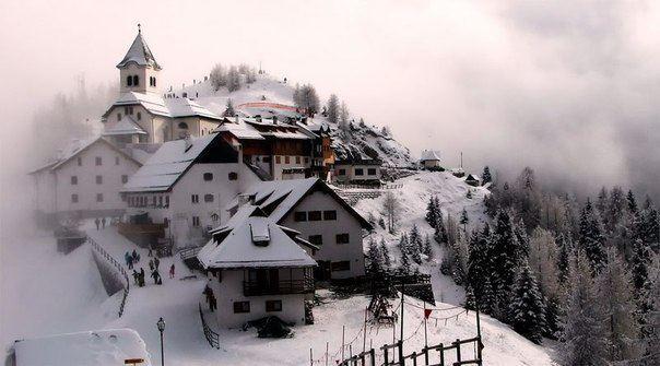 Домики в Альпах, Италия (604x335, 38Kb)
