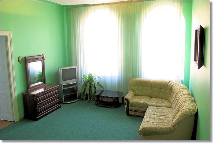 интерьеры, квартиры посуточно Львов, снять квартиру,/4682845_10011 (700x471, 48Kb)