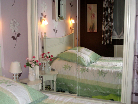 4497432_frenchwomenbedroomcreative141 (480x360, 135Kb)