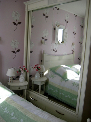 4497432_frenchwomenbedroomcreative143 (360x480, 119Kb)