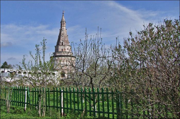 Монастырский сад/3673959_9 (700x464, 263Kb)