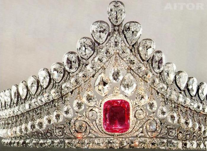 tiaraaitortj11 (700x511, 82Kb)