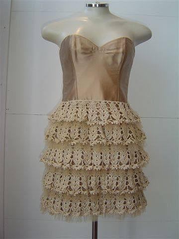 Платье-елочка с оборками