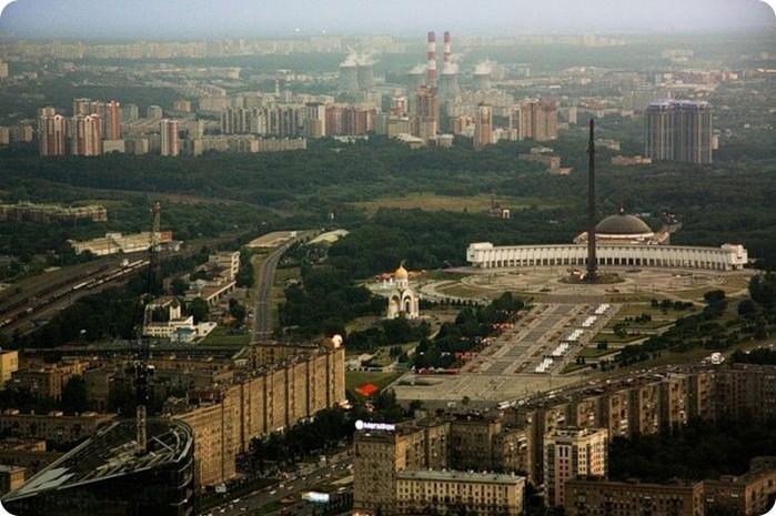 Лучший подарок - достопримечательности Москвы с высоты птичьего полета 7 (700x465, 100Kb)
