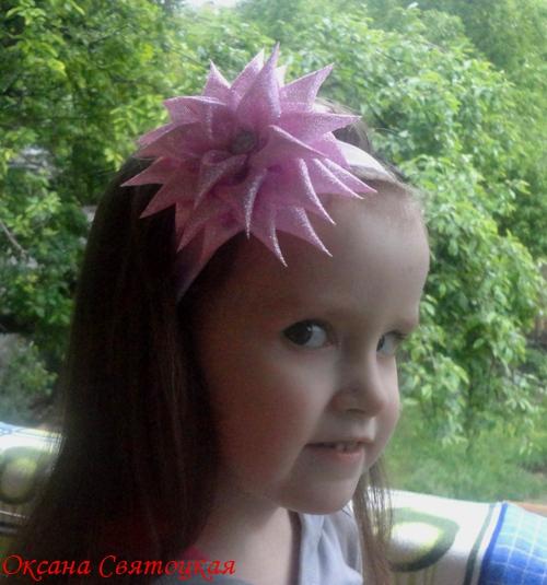Повязка для волос с хризантемой