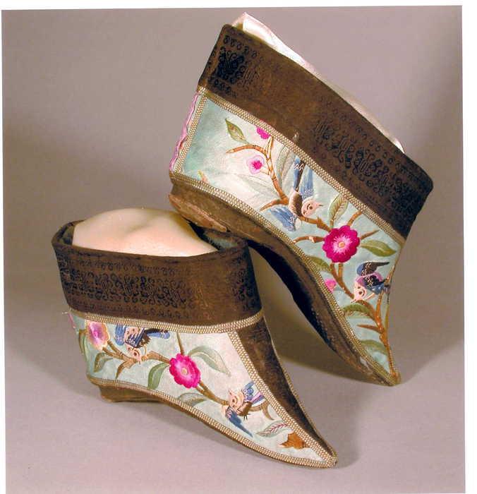 Pequenas sapatos (676x700, 42KB)
