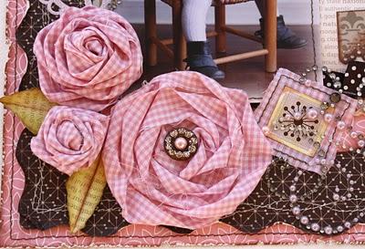 Twisted fabric flowers (400x273, 50Kb)