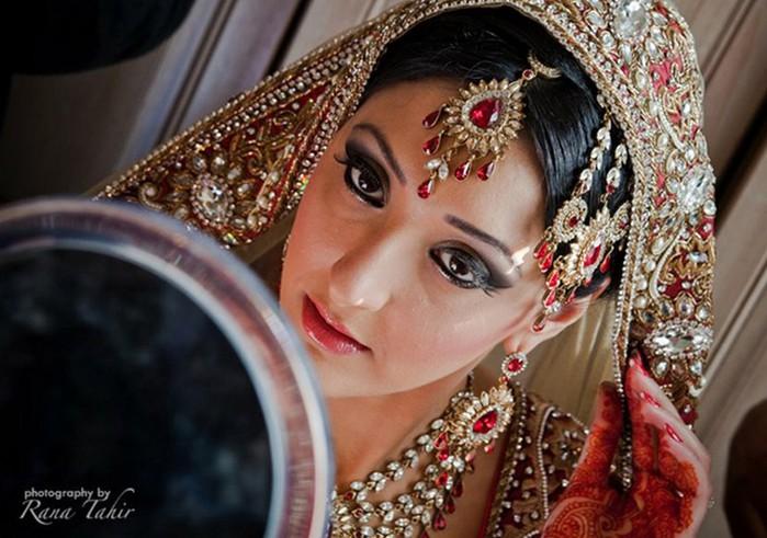 Портретные фото невест из Индии 19 (700x491, 96Kb)