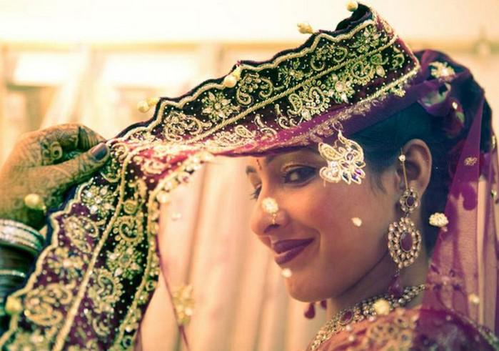 Портретные фото невест из Индии 22 (700x491, 94Kb)