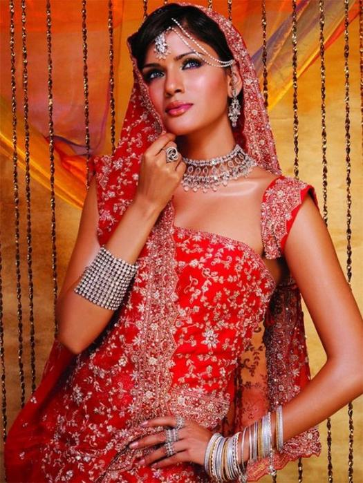 Портретные фото невест из Индии 29 (525x700, 498Kb)