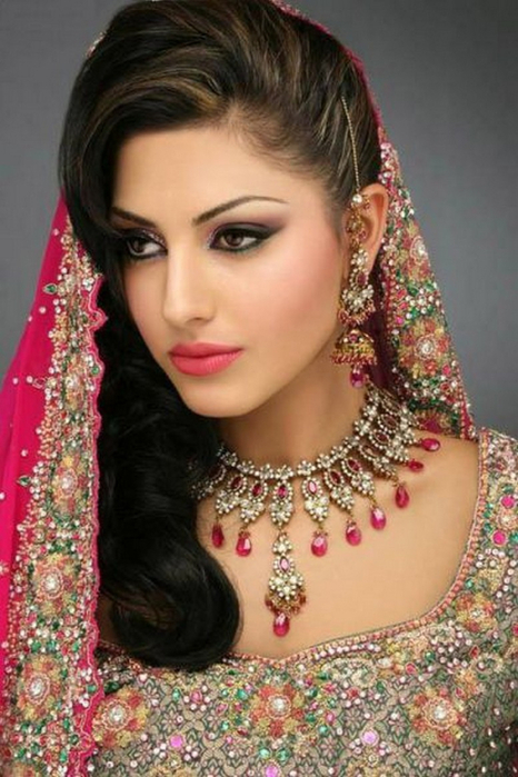 Портретные фото невест из Индии 45 (466x700, 350Kb)