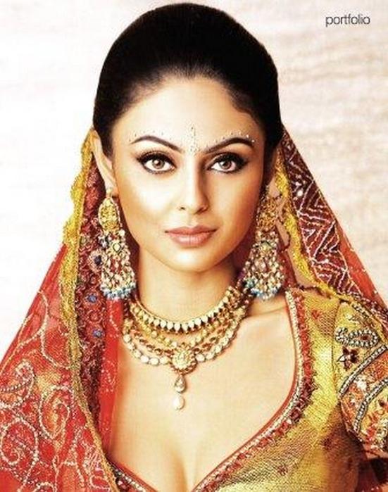 Портретные фото невест из Индии 52 (551x700, 412Kb)