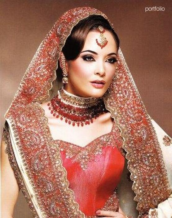 Портретные фото невест из Индии 54 (555x700, 437Kb)