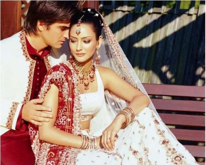 Портретные фото невест из Индии 68 (700x562, 106Kb)
