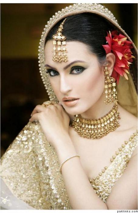 Портретные фото невест из Индии 73 (454x700, 297Kb)