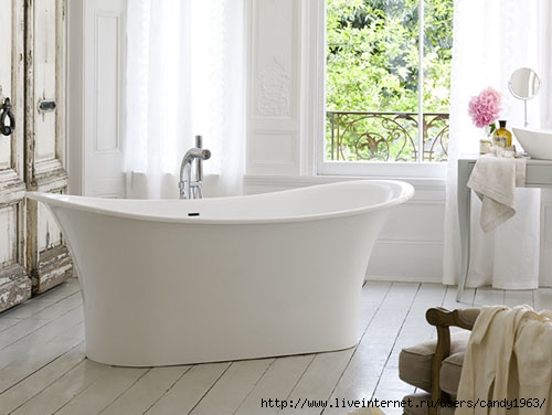 French-style-bath-with-elegant-lines-by-the-Victoria-Albert-2 (500x376, 96Kb)