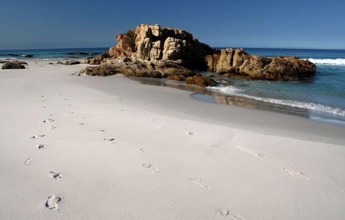 Пляж Wineglass Bay фото 2 (700x447, 38Kb)