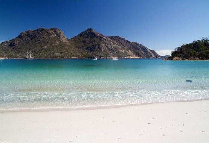 Пляж Wineglass Bay фото 3 (700x478, 68Kb)
