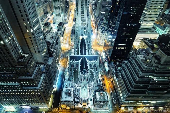 Городские пейзажи Нью-Йорка на фото Эндрю Мейса (Andrew Mace)  35 (700x465, 158Kb)