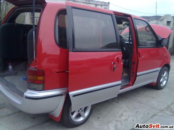 Nissan-Serena_75331301914269 (590x442, 36Kb)